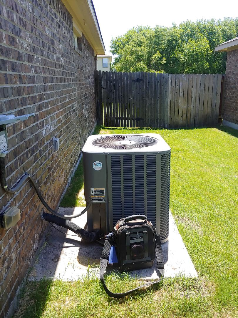 Keep your AC running with our maintenance program Hutto Texas