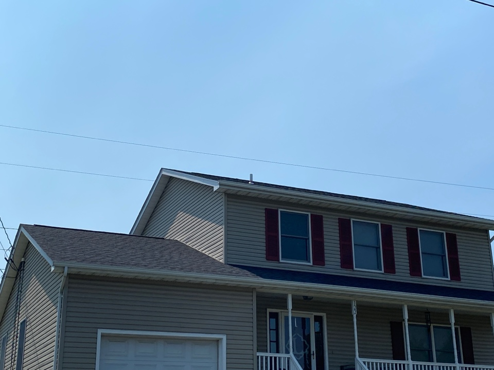 Winchester, VA - Roof replacement install 30 year architectural shingles ( CertainTeed )
