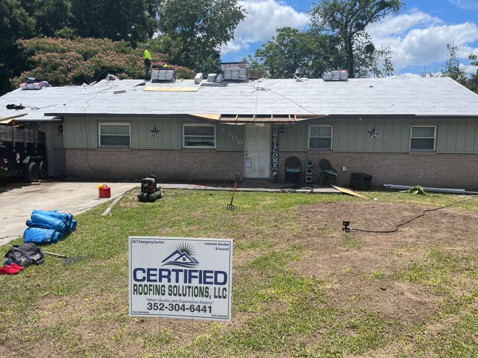 Ocala, FL - This is a home over in the north east side of Ocala Florida that we are re-roofing currently. We are installing a new GAF architectural roof system with a silver pledge warranty giving this customer great peace of mind moving into storm season.