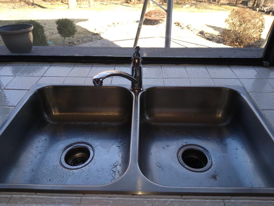 Saint Charles, MO - Kitchen faucet