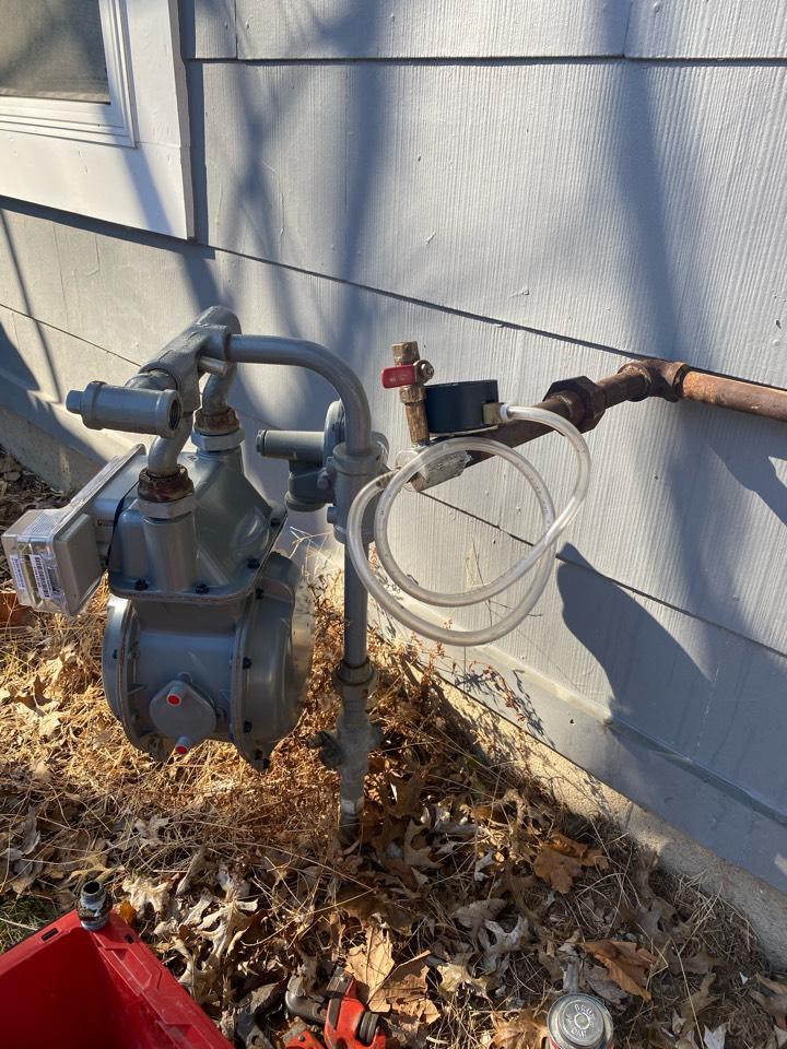 Florissant, MO - Gas leak