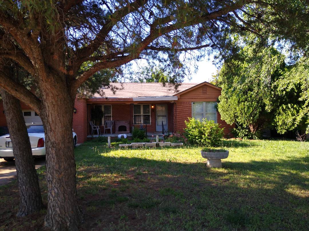 Oklahoma City, OK - Free roof inspection and bid. Shingle roof project. Flat roof residential bid. Full ridge vent.