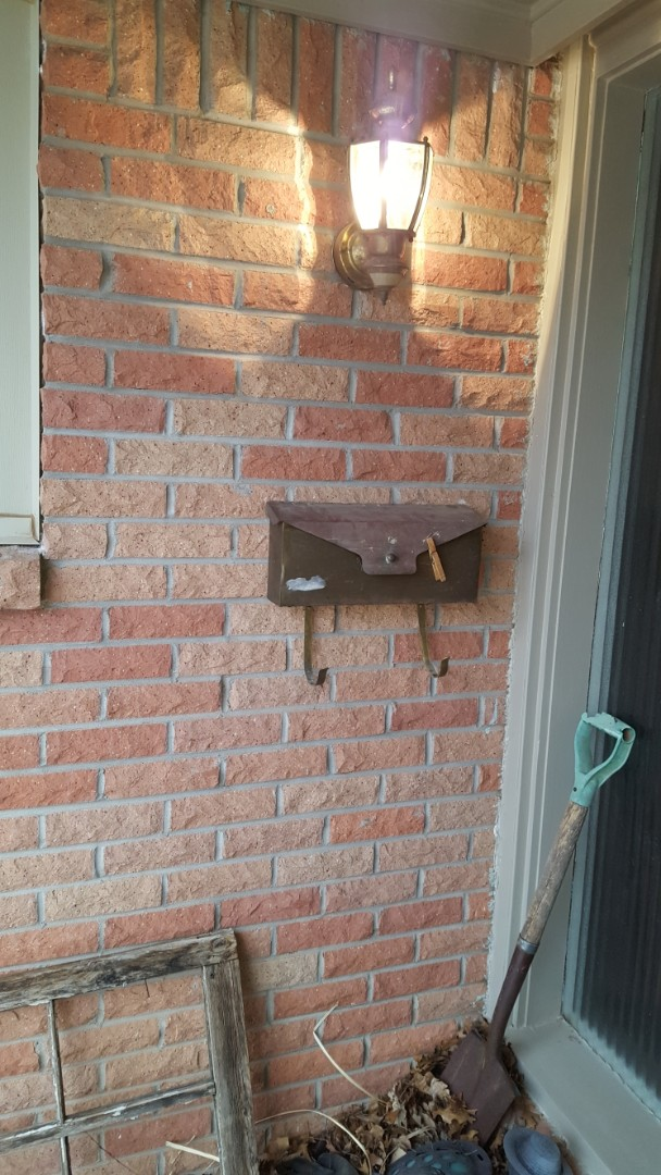 Mail box repair from 80 plus winds
