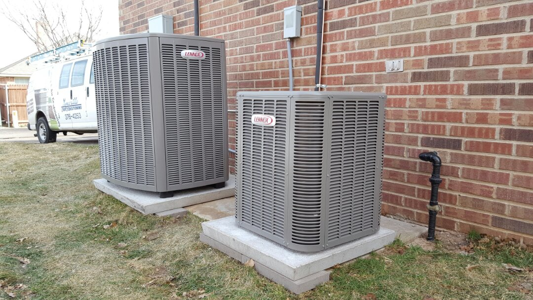 Amarillo, TX - Installation of two new lennox air conditioning systems.