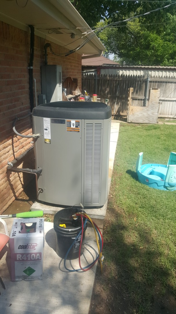 Amarillo, TX - One year old had to rinse condenser coil. Should have home comfort agreement