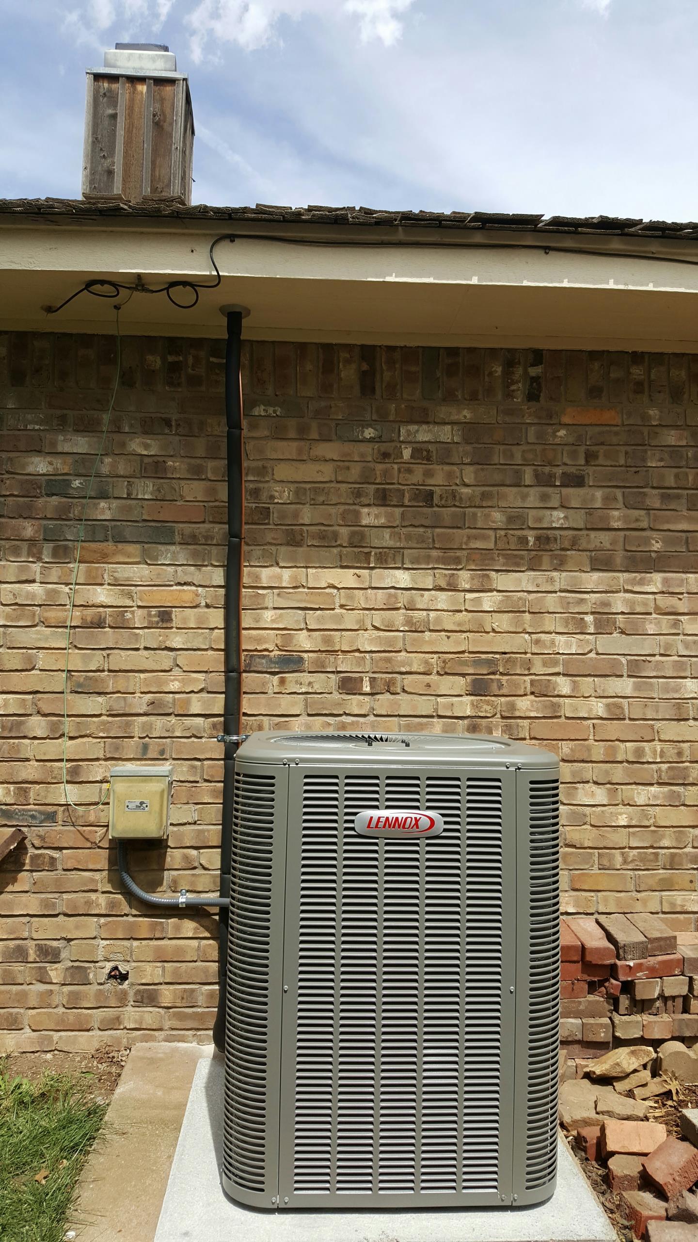 Amarillo, TX - New Lennox condenser installation by Amarillo Air Conditioning.