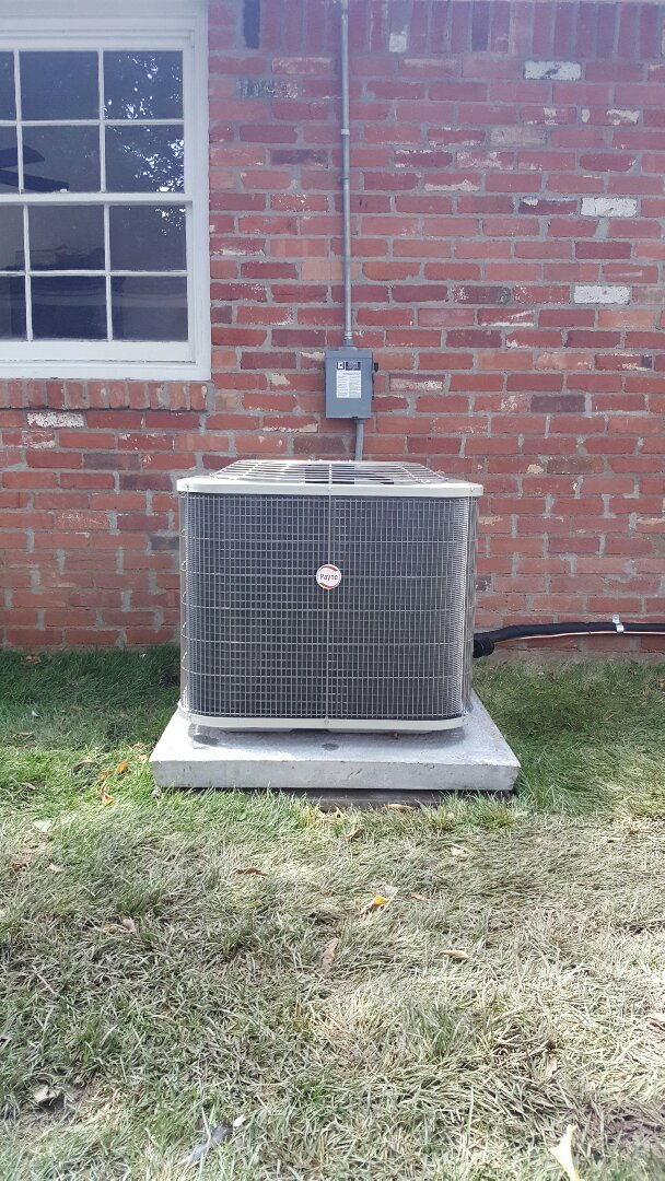 Amarillo, TX - New Payne condenser installation by Amarillo Air Conditioning.