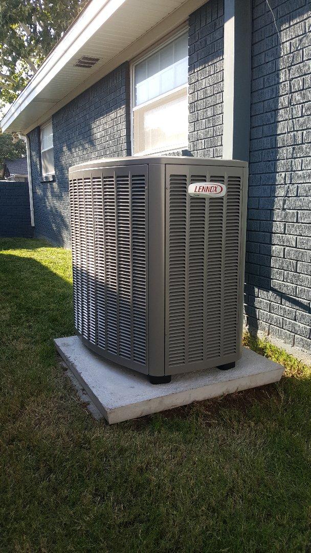 Amarillo, TX - New Lennox Elite Series air conditioner installation by Amarillo air conditioning.