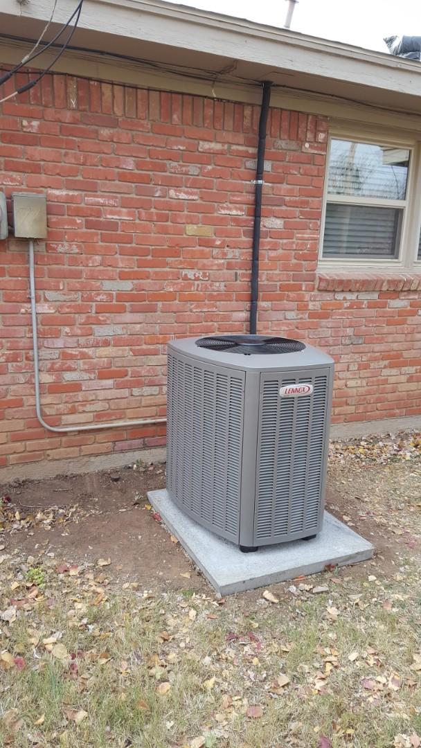 Amarillo, TX - New Lennox high efficiency air conditioner installation.