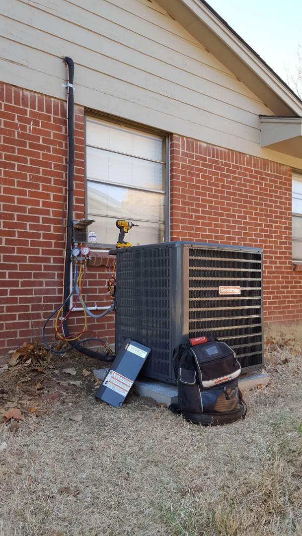 Amarillo, TX - Installation of a new 4 ton Goodman heating and cooling system.