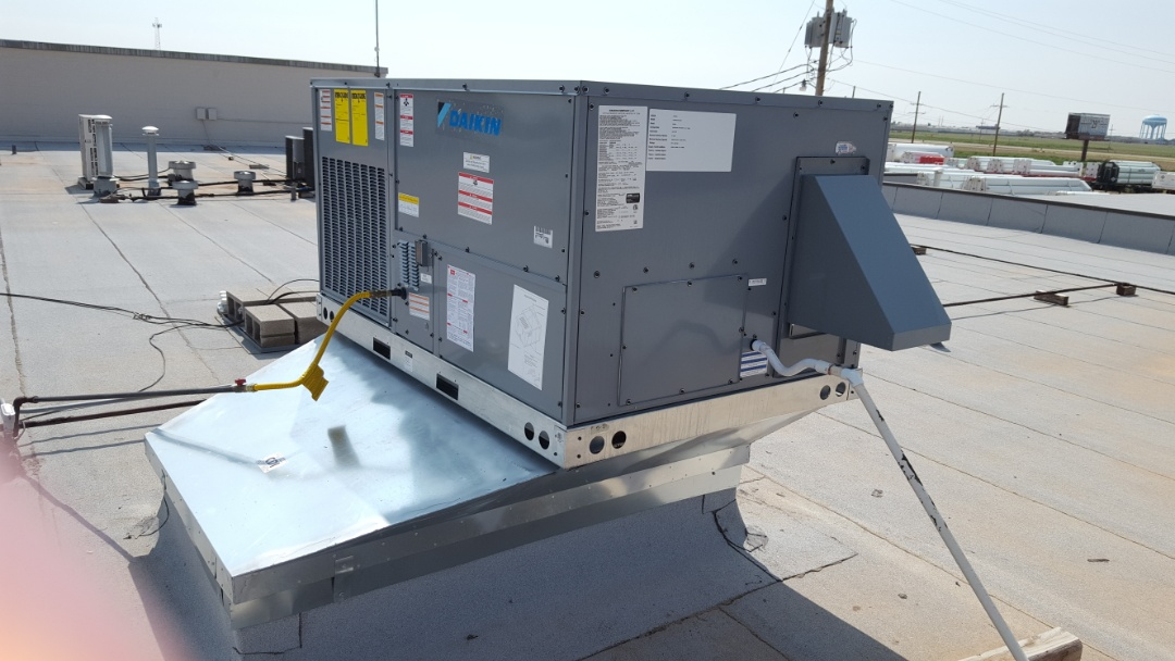 Amarillo, TX - Installation of package unit