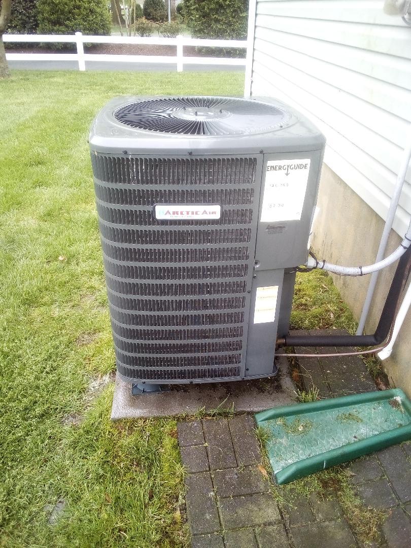 Dagsboro, DE - Precision tune up- Arctic Air 3 1/2 ton heat pump