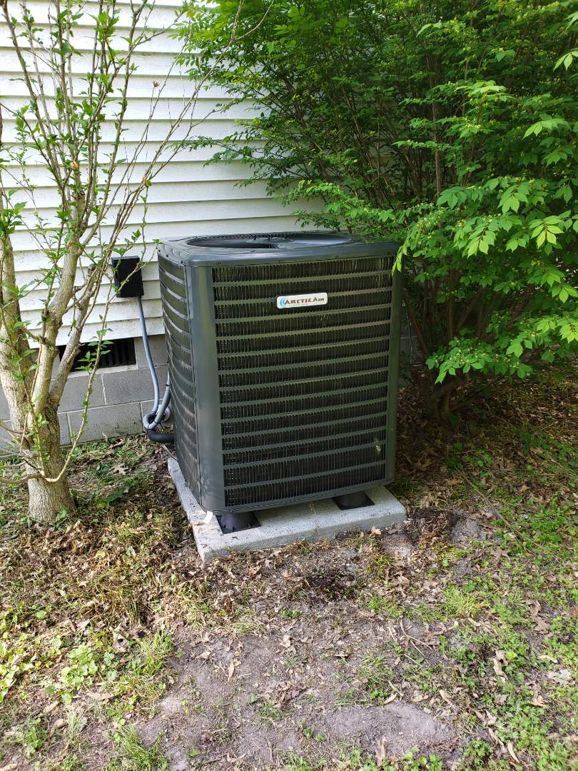 Delmar, DE - Installing a ne 14 seer Arctice air system in a single family home in Delmar Delaware