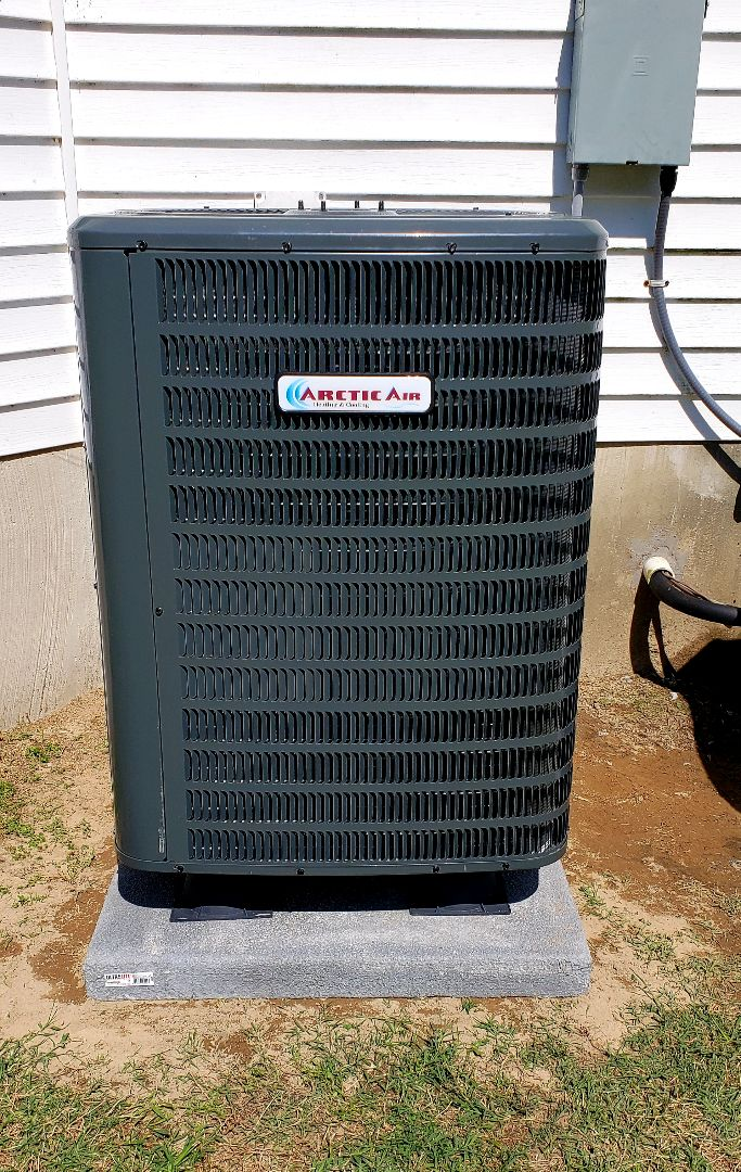 Salisbury, MD - Installing an arctic air heat pump in salibury md.