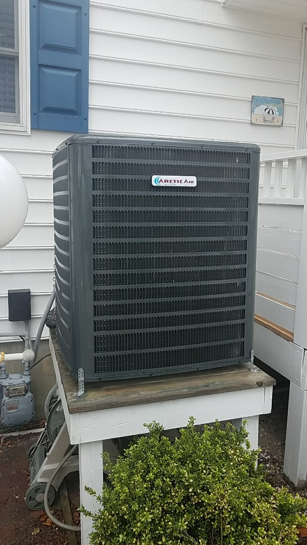 Ocean City, MD - Completing installation of Arctic Air coastal series Heat Pump Systems for a family in Ocean City