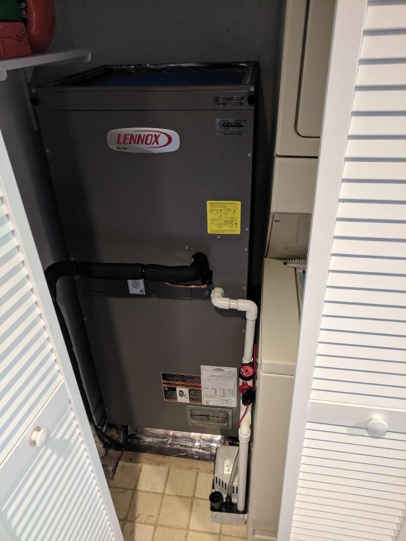 Berlin, MD - Installed Lennox heat pump system in harbour village Ocean City MD