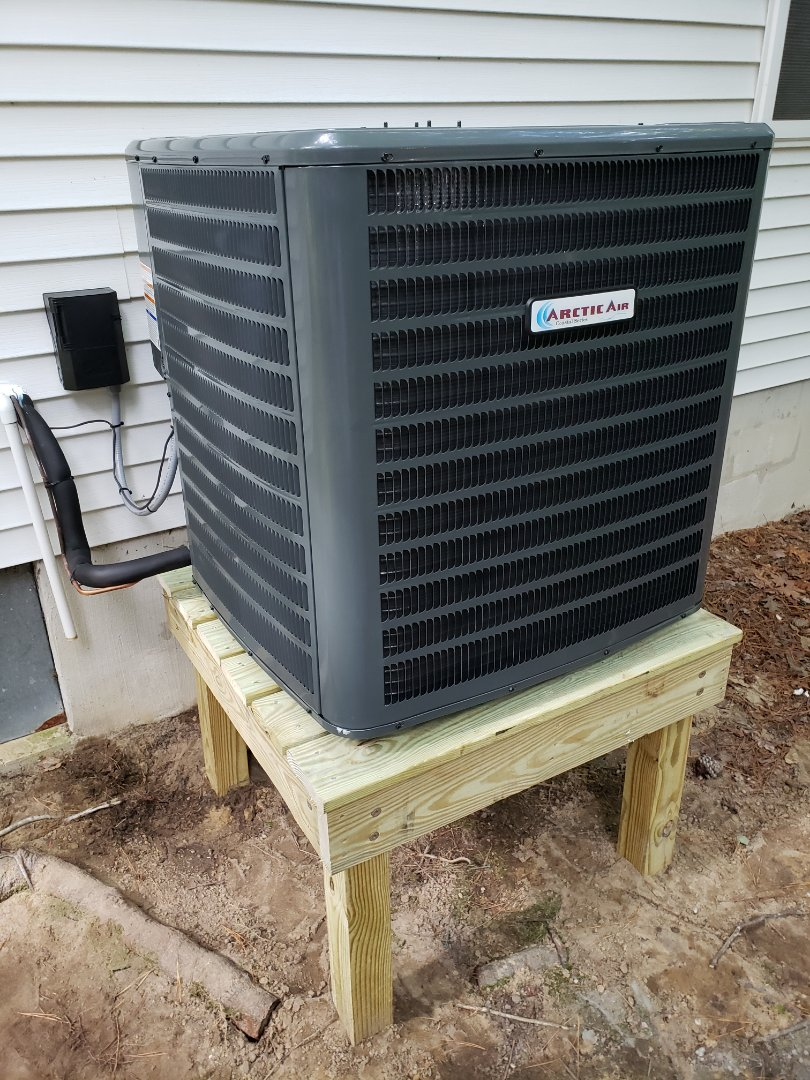 Ocean Pines, MD - Installing arctic heat pump in ocean pines md.