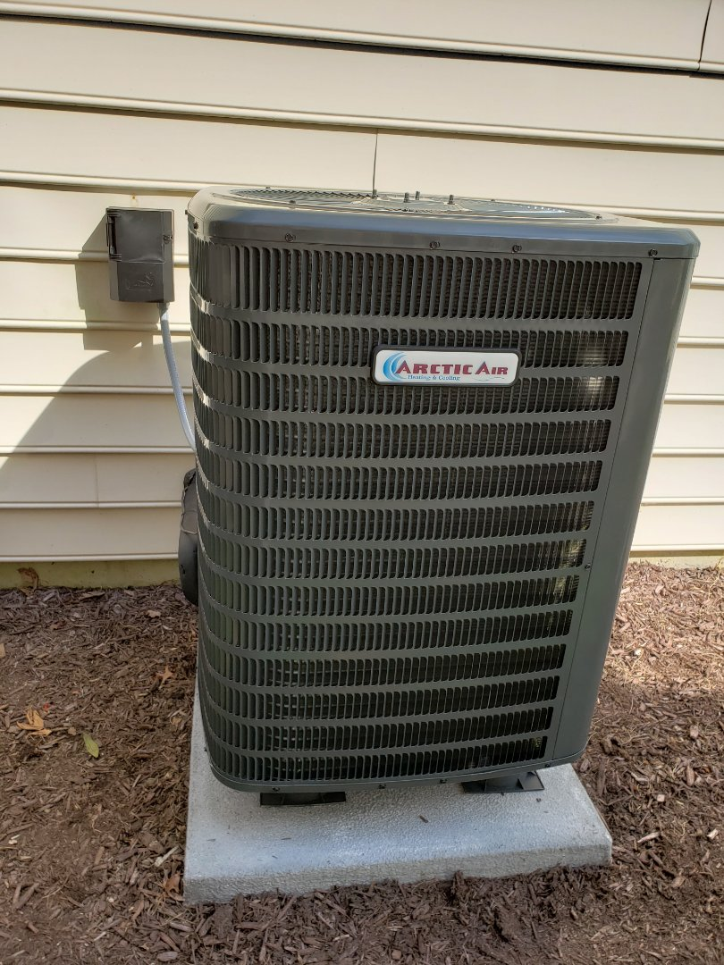 Ocean Pines, MD - Installing arctic air heat pump in ocean pines md.