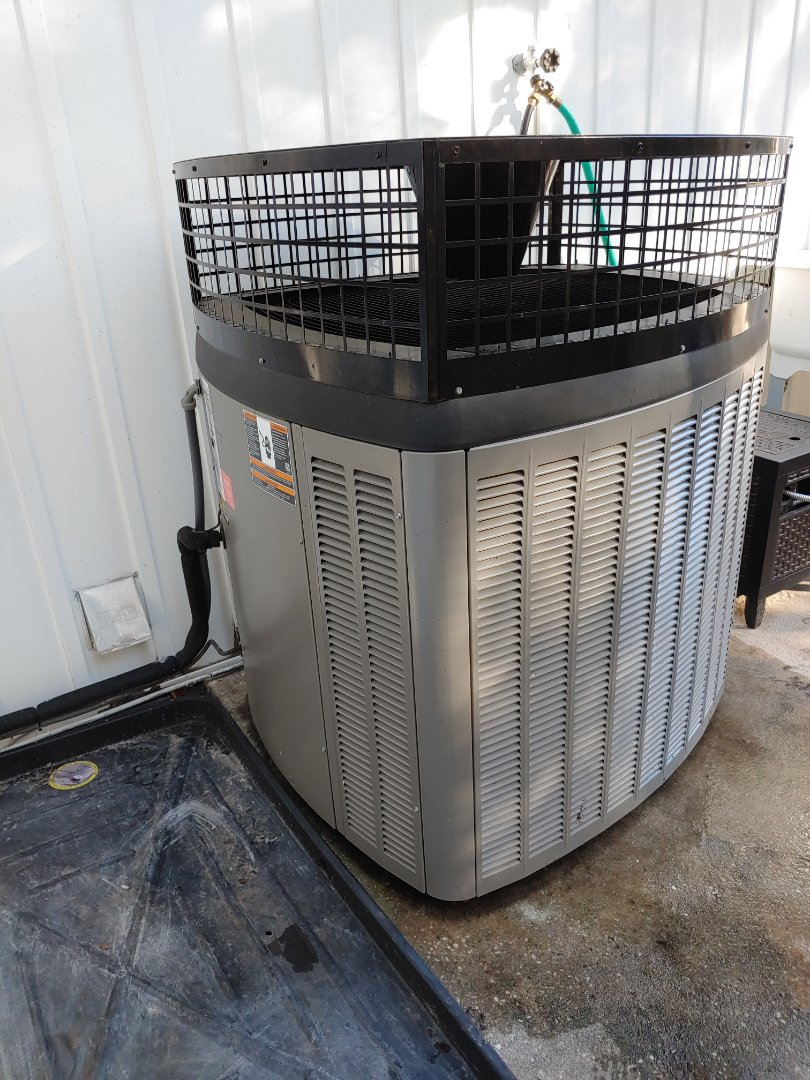 Millsboro, DE - Precision tune up- Lennox 2.5 ton communicating heat pump