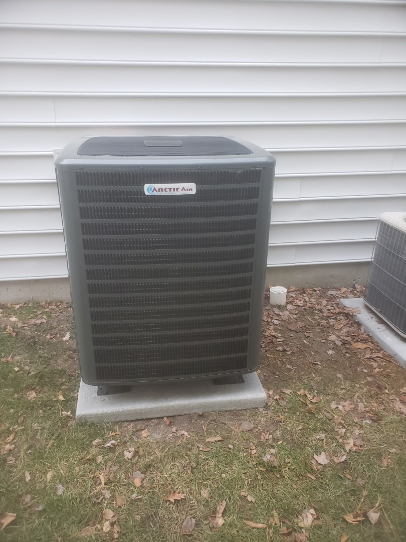Ocean Pines, MD - Installing a new 18 seer heatpump system in a single family home in Ocean Pines MD