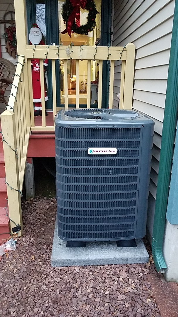 Ocean Pines, MD - Completing installation of Arctic Air heat pump system for a family in ocean pines
