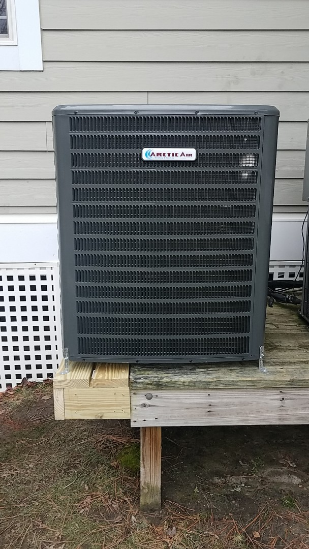 Berlin, MD - Completing installation of Arctic Air 2Stage Heat Pump system for a family in Berlin at Glen Riddle