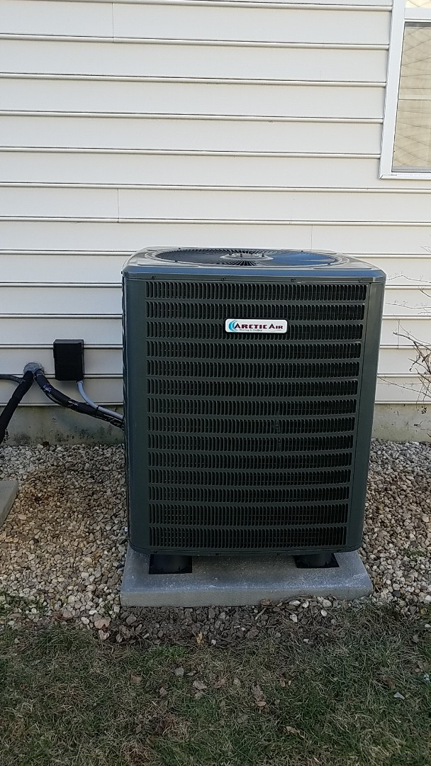 Ocean View, DE - Completing installation of Arctic Air heat pump system for a family in Ocean View DE