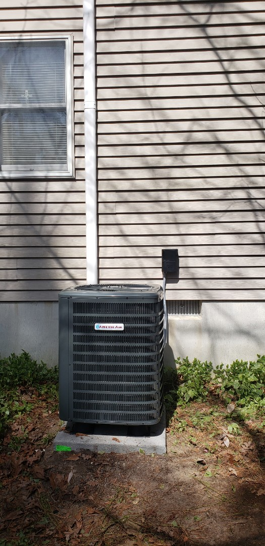 Ocean Pines, MD - Installed ar tic air heat pump inn ocean pines md. 21811.