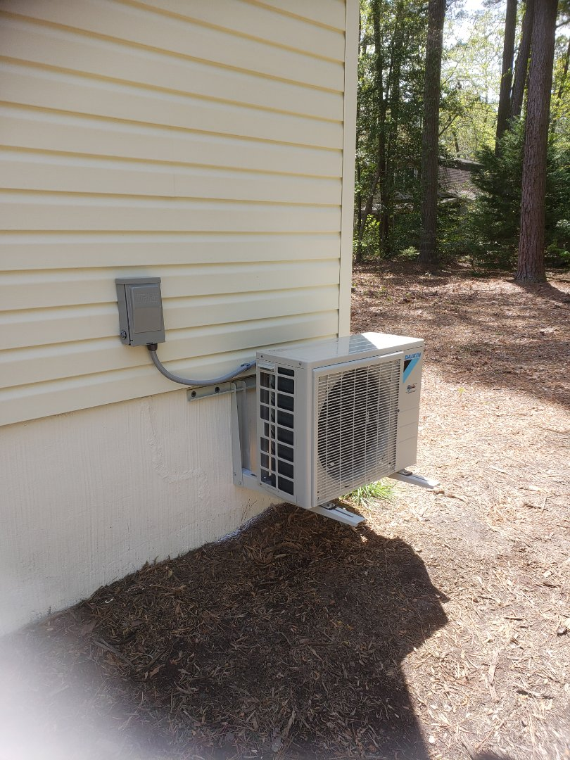 Ocean Pines, MD - Installing a new Daikin ductless system in a single family home in Ocean Pines MD