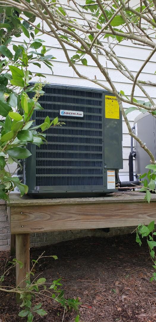 Berlin, MD - Installing arctic air heat pump in Glenn riddle, berlin md.