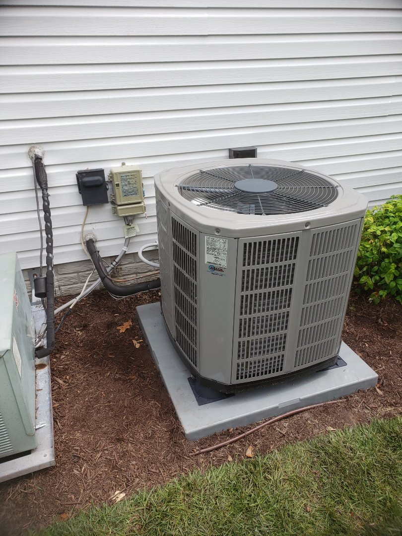 Selbyville, DE - Installing an american standard ac unit in a single family home in Selbyville DE in Victoria Forest