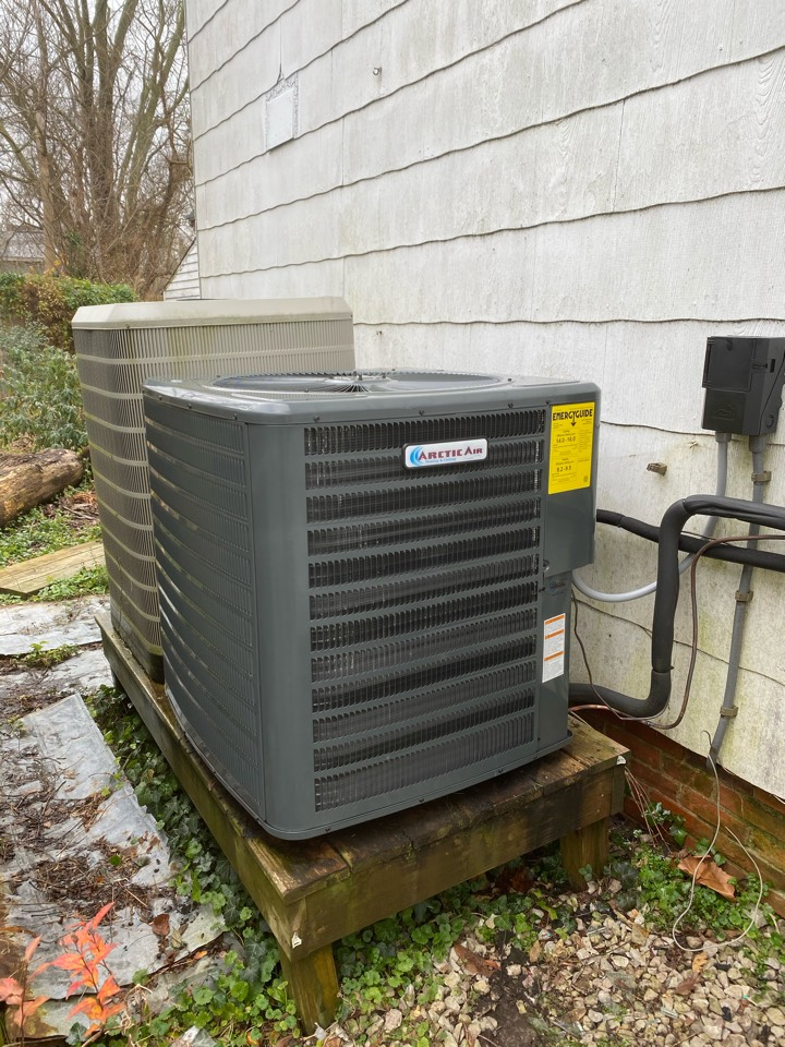 Berlin, MD - Installing a new Arctic Air 16 seer system in. A single family residence in Berlin MD