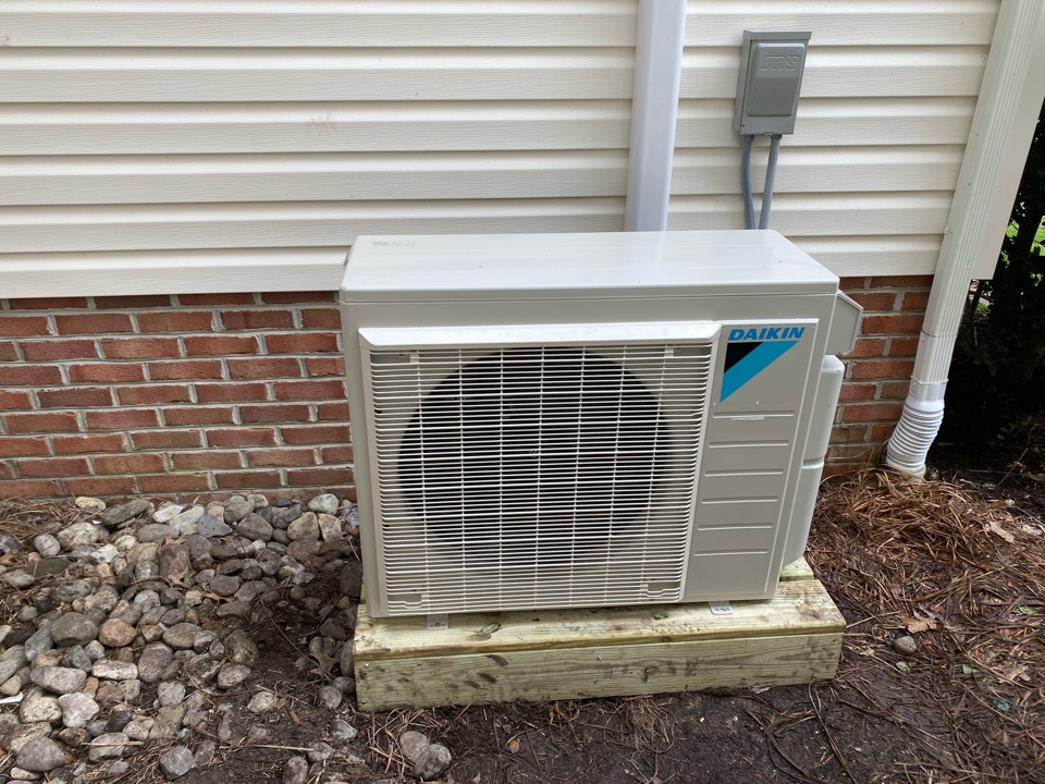 Pocomoke City, MD - Installing a Daikin ductless system in a single family home in Pocomoke MD