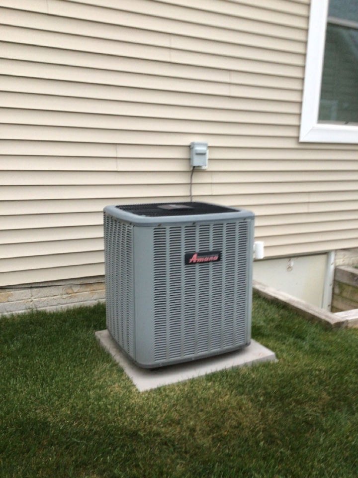 Changing out the circuit board on a 16 SEER Amanda heat pump