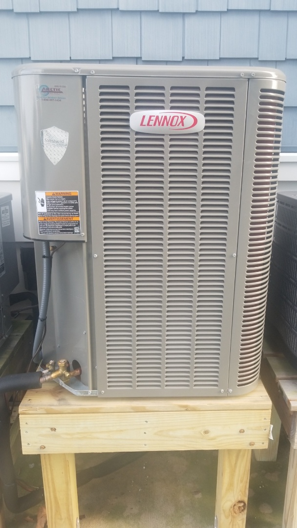 Ocean City, MD - Performing annual winter maintenance for a family in ocean city Maryland on a Lennox heat pump system