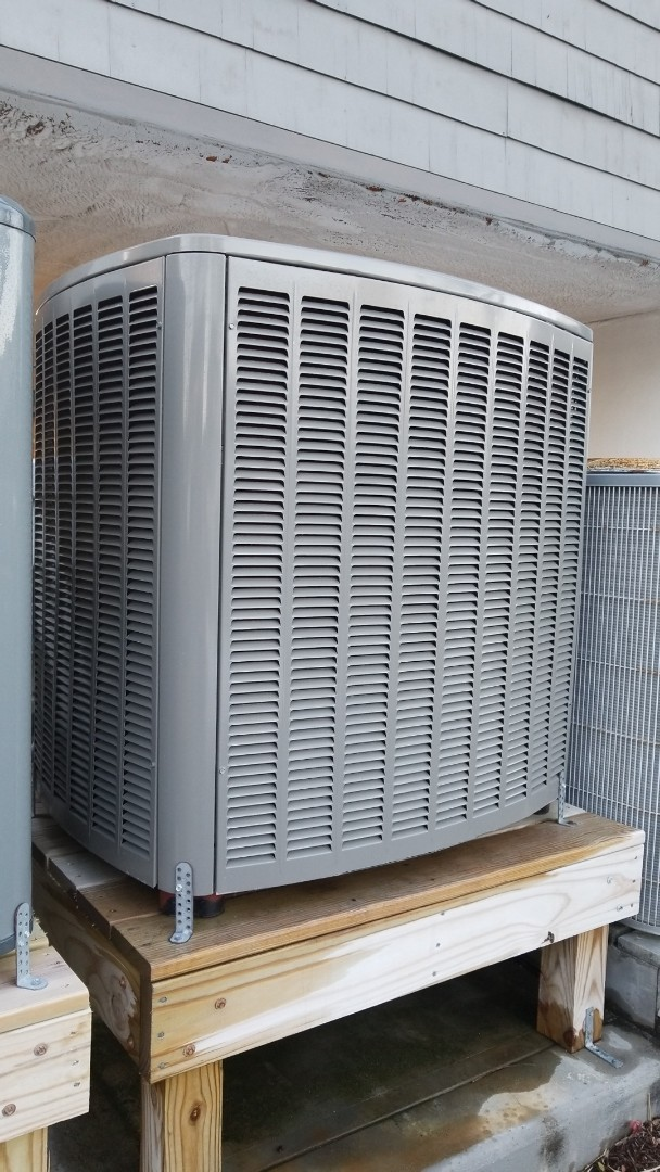 Ocean City, MD - Preformed maintenance and service on 2 heat pumps.