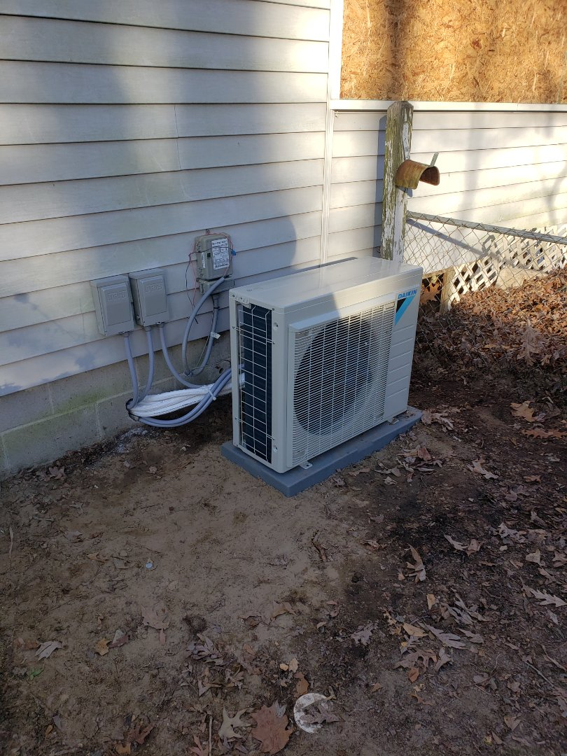 Ocean City, MD - Installing a new Daiken ductless system in a single family home in West Ocean City MD