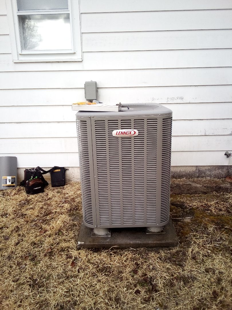 Millville, DE - Precision tune up - Lennox heat pump