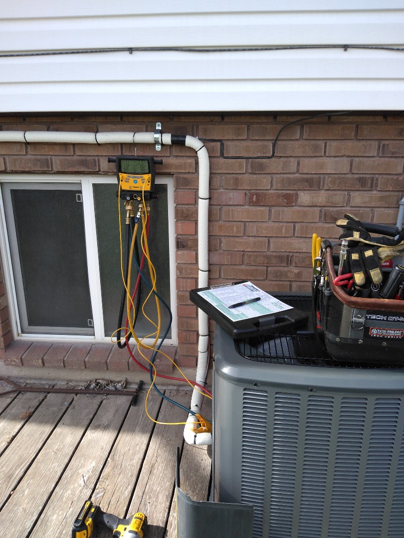 West Valley City, UT - Air conditioning tune up on Amana air conditioner