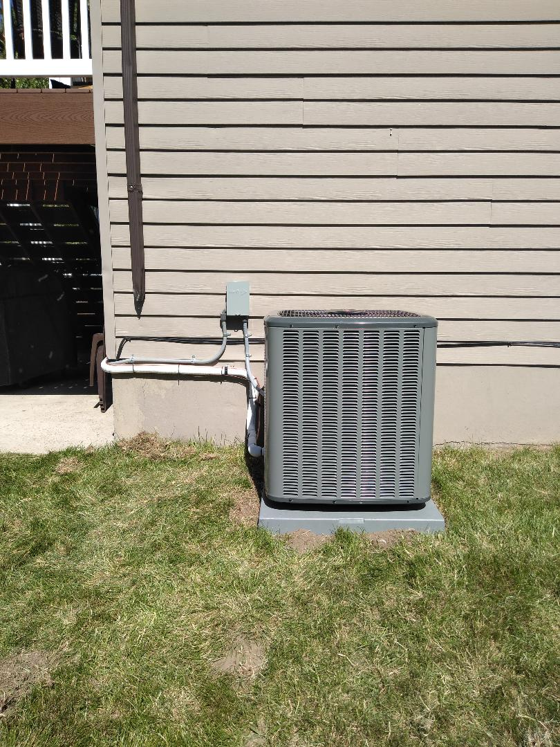 West Valley City, UT - Installed Amana AC and coil