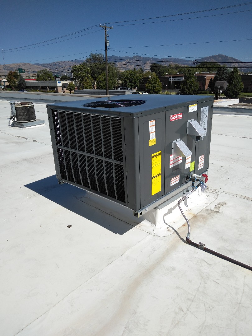 West Valley City, UT - Installed new rooftop package unit