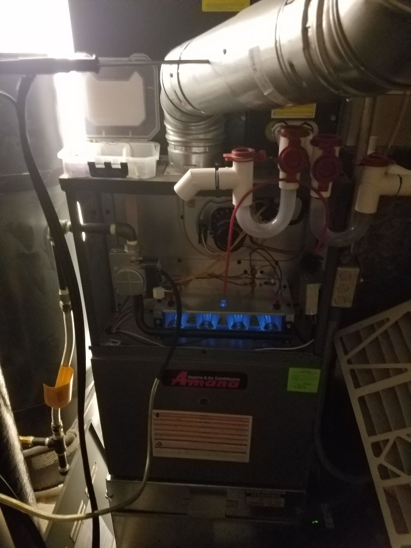 Holladay, UT - Furnace tuneup on two Amana furnaces