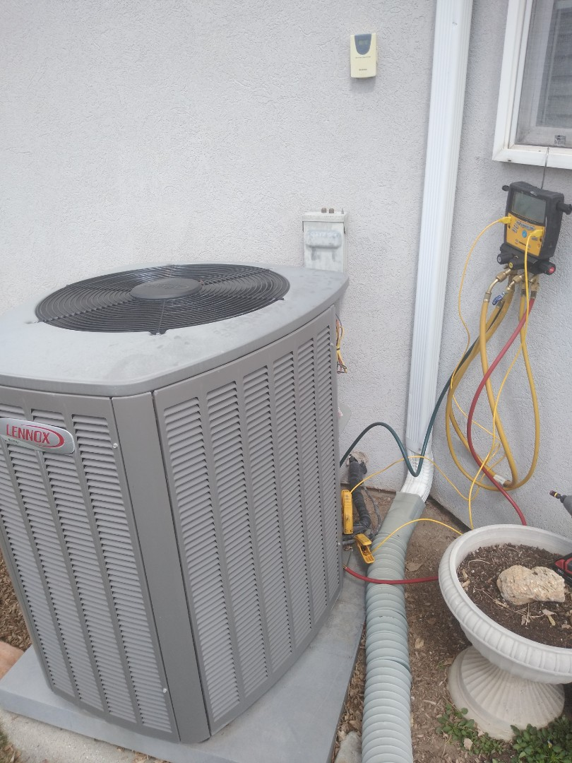 South Jordan, UT - Air conditioning tune-up on Lennox air conditioner