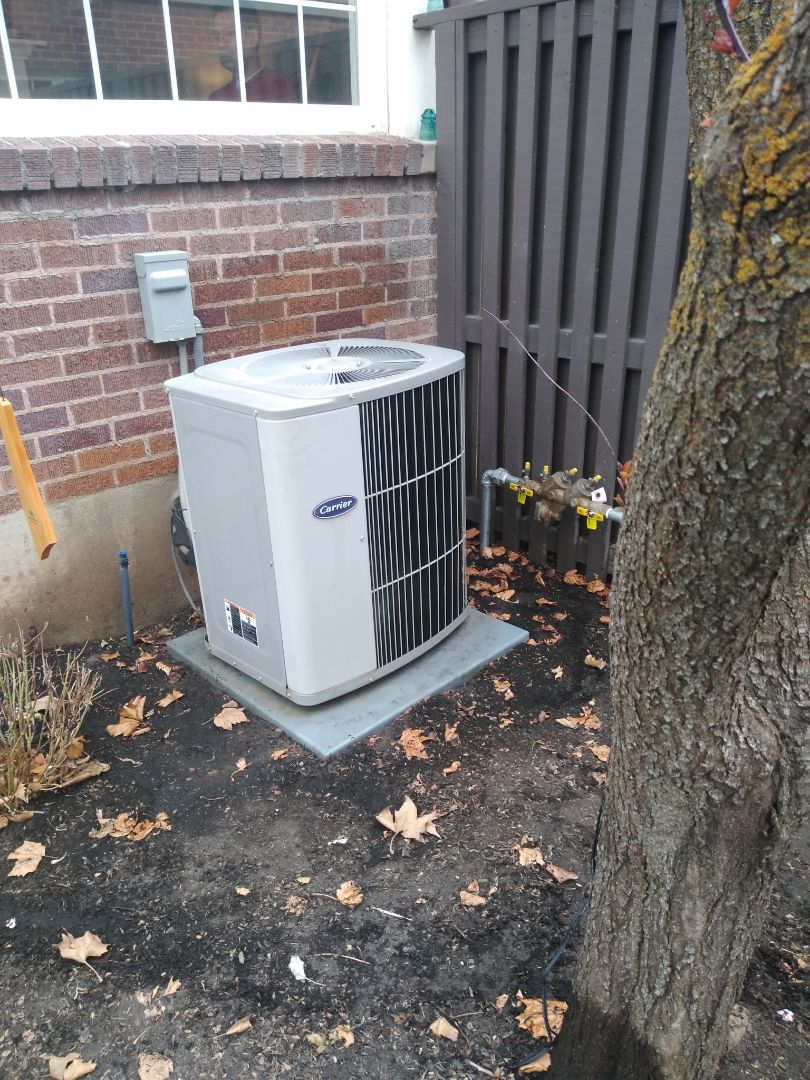 Air conditioning tune-up on Carrier air conditioner