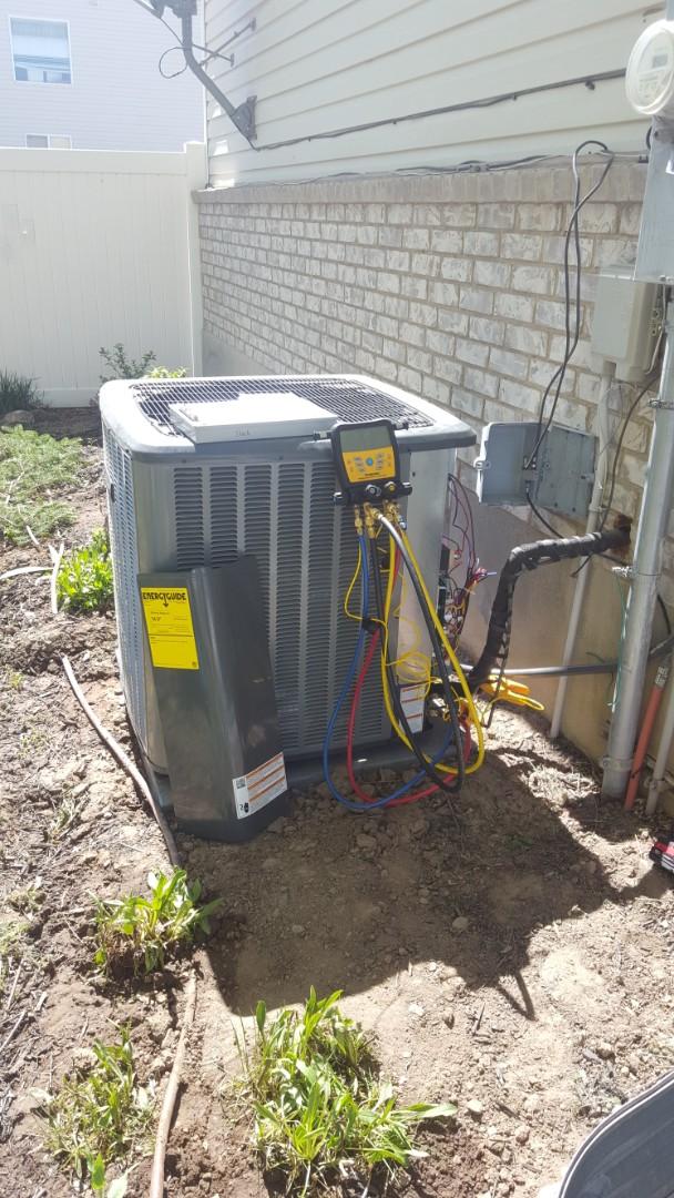 West Jordan, UT - New amana air conditioner start up