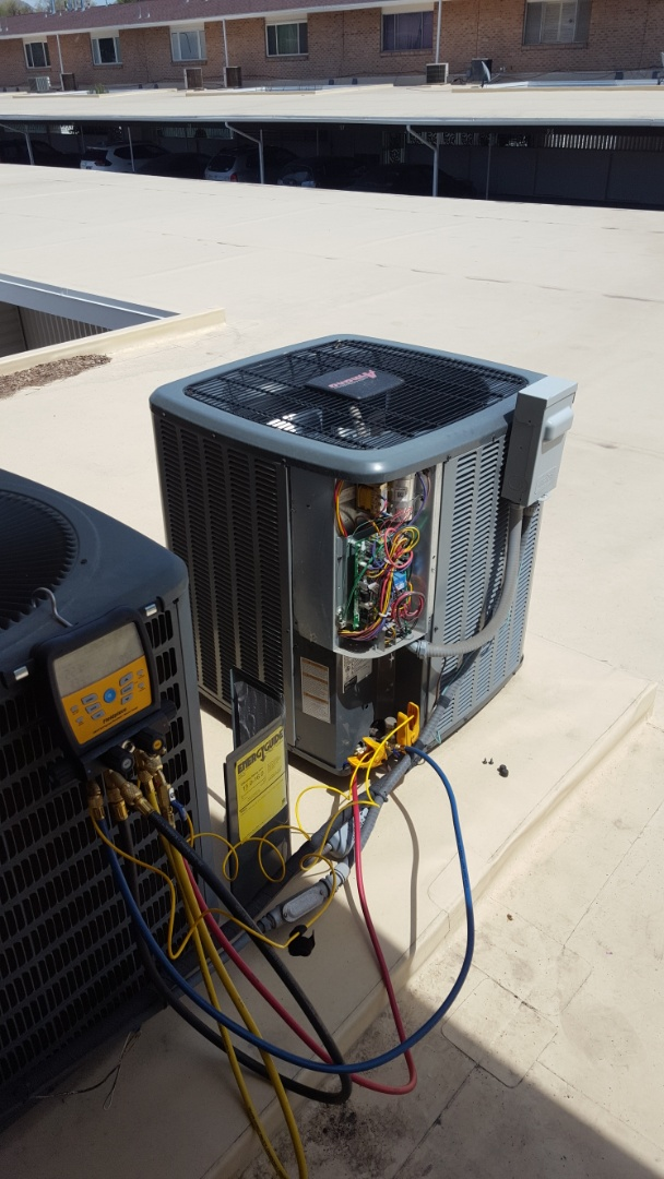 Murray, UT - A/C tune up on a Amana air conditioner