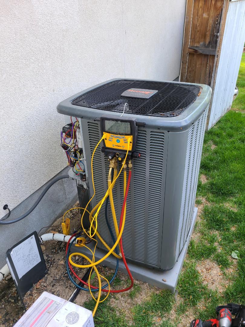 Draper, UT - Air conditioning tuneup on Amana air conditioner