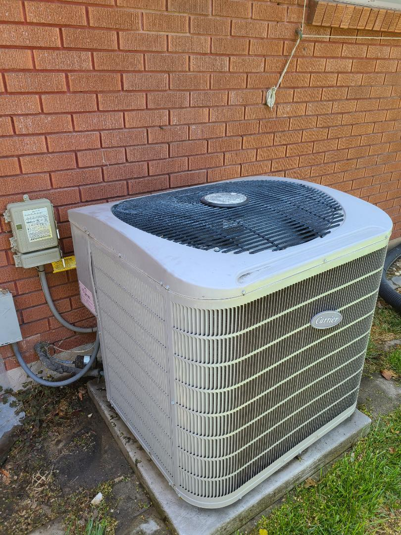 Midvale, UT - Air conditioning tuneup on Carrier air conditioner