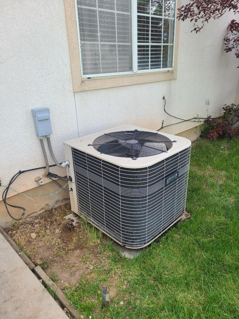 Cottonwood Heights, UT - Air conditioning tuneup on Lennox air conditioner
