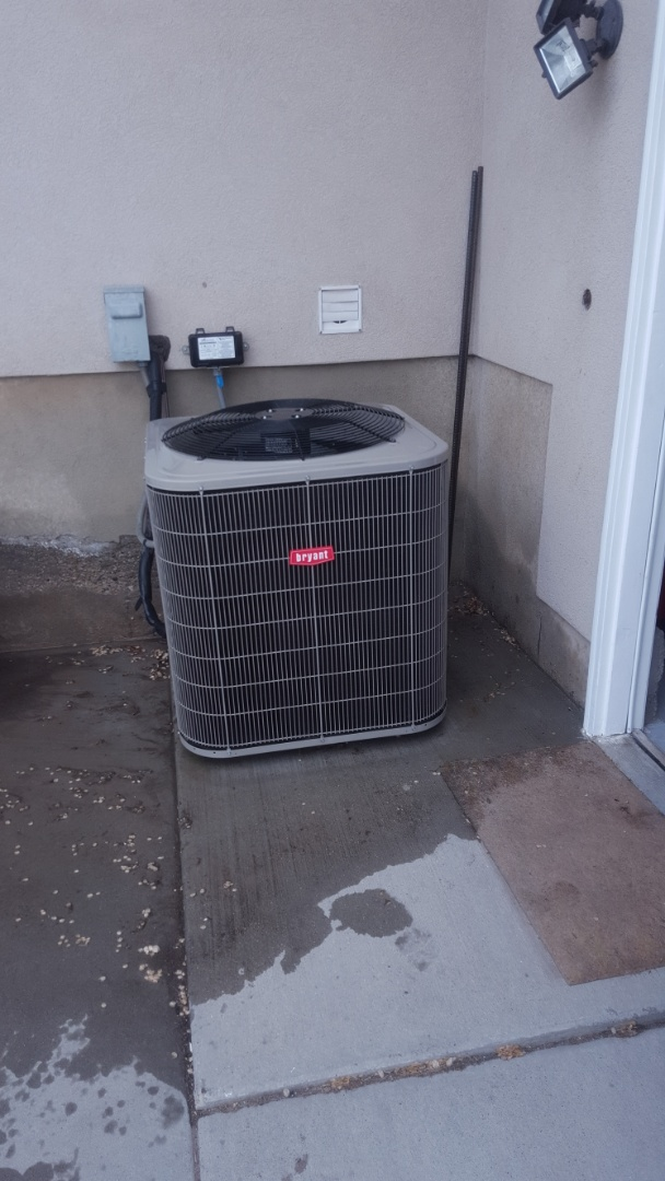 South Jordan, UT - A/C tune up on a Bryant air conditioner